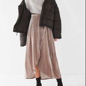 URBAN OUTFITTERS Velvet Tulip Wrap Skirt